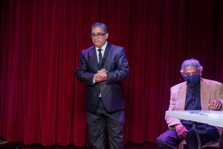 José Ortiz, dice el discurso central.